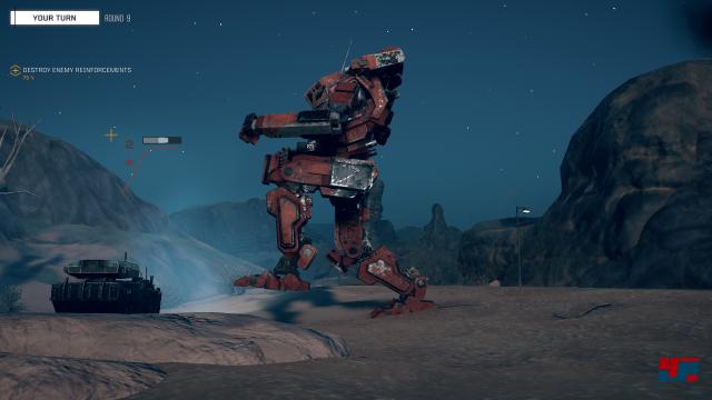 Wenn der BattleMech aufstampft, wird selbst ein Panzer wie Spielzeug zerschmettert.