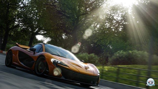 Fantastische Licht- und Partikeleffekte, saubere 60 Bilder pro Sekunde und eine hervorragende Fahrphysik: Forza 5 wird klasse!