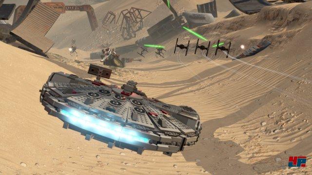 Die Raumschiff-Kämpfe werden elegant in Szene gesetzt.