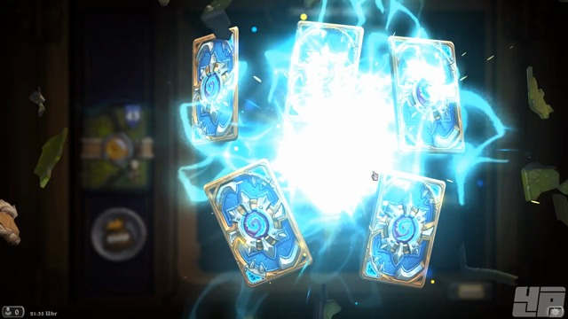 52 Kartenpakete werden geöffnet